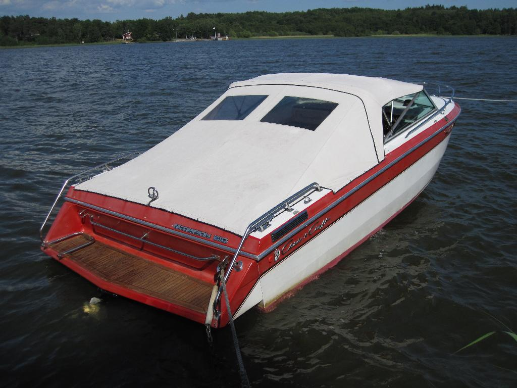 Chris Craft Scorpion 210 | Crafting